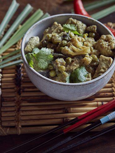 טופו וירקות בקארי ירוק. צילום: אפיק גבאי