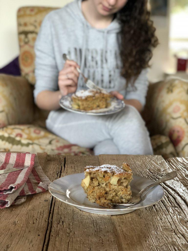 עוגת תפוגזר. צילום: זהר לוסטיגר בשן
