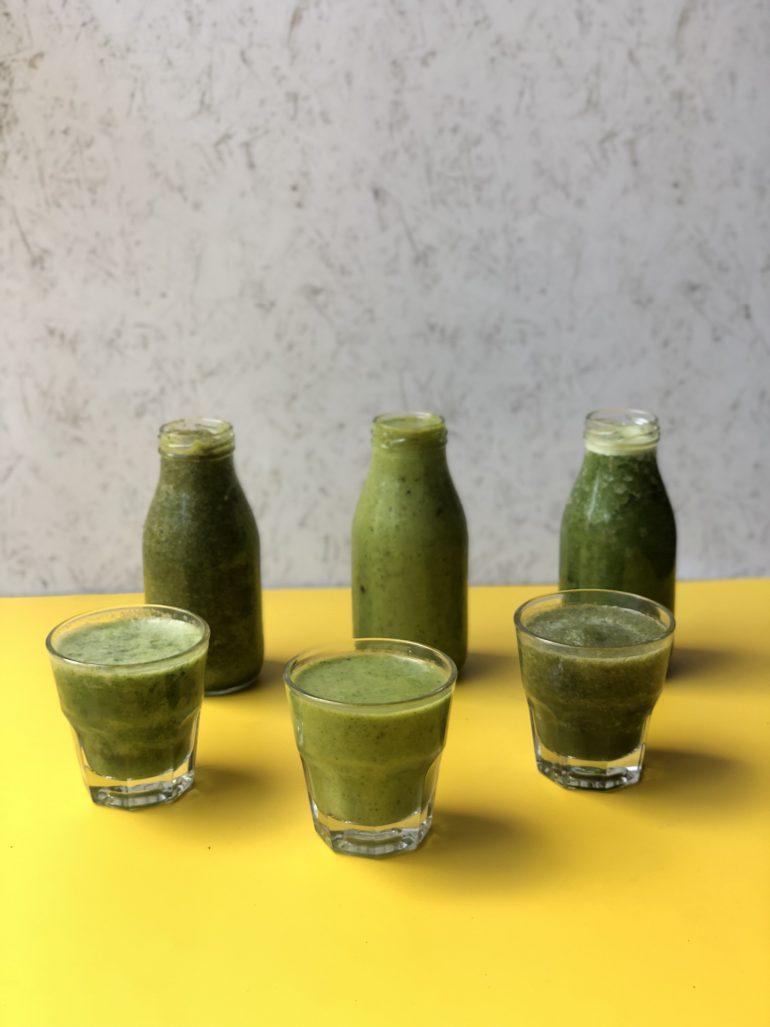 שייק ירוק בשלושה טעמים צילום: זהר לוסטיגר בשן