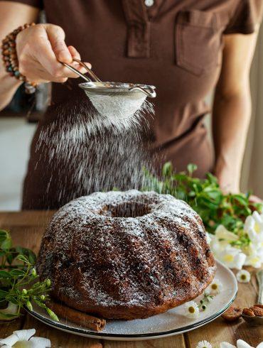 העוגה המושלמת ליד הקפה קצת יותר בריאה. צילום: שני הלוי