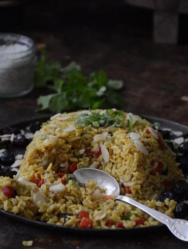 אורז צהוב עם גזר ושקדים. צילום: זהר לוסטיגר בשן