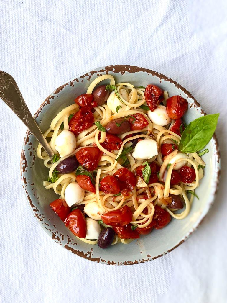 פסטה עגבניות משודרגת. צילום: זהר לוסטיגר בשן